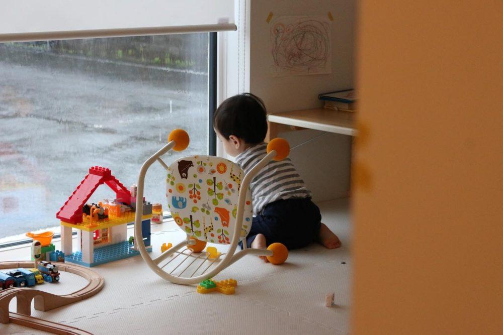 今日は雨がいっぱい降ったんだ/窓の家と生活