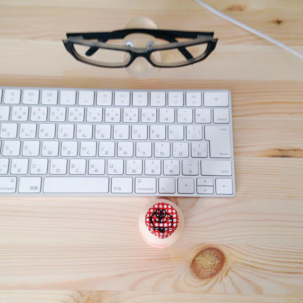 メガネとキーボードとピルクル