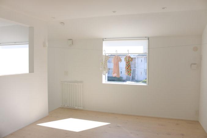 奈良美智さんの個展に行ったんだ/窓の家と生活